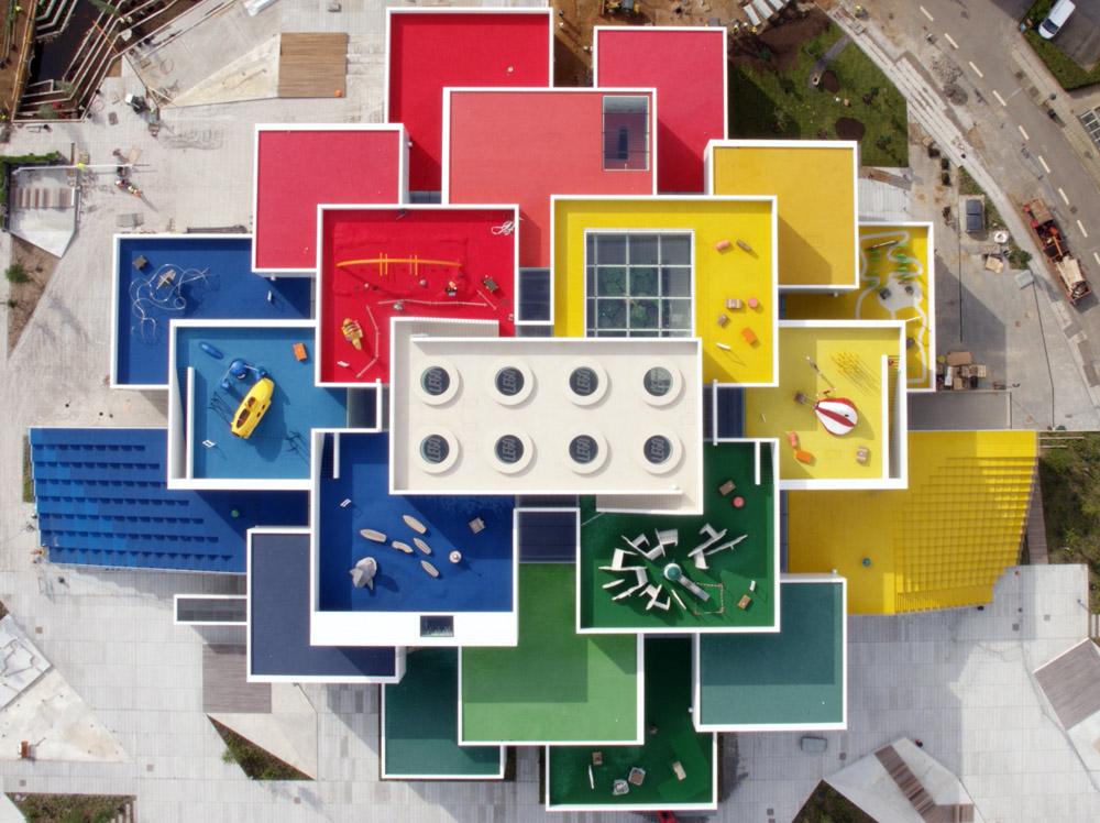 鳥瞰比隆Lego House