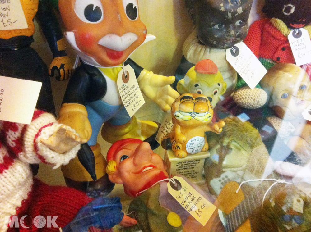 英國Brighton布萊頓的商店Snoopers Paradise Ltd 店內二手玩具