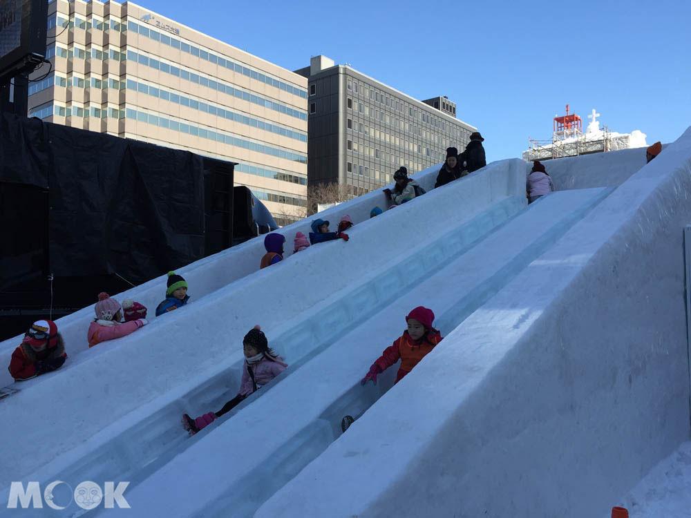 札幌雪祭期間的遊樂設施