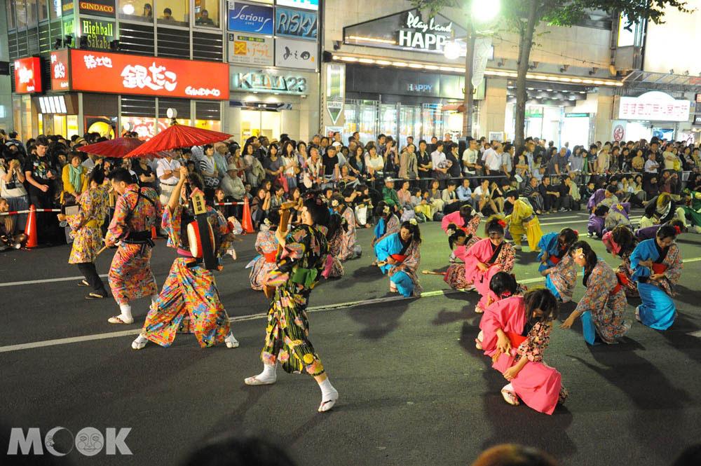 札幌大通公園舉辦的YOSAKOI索朗節
