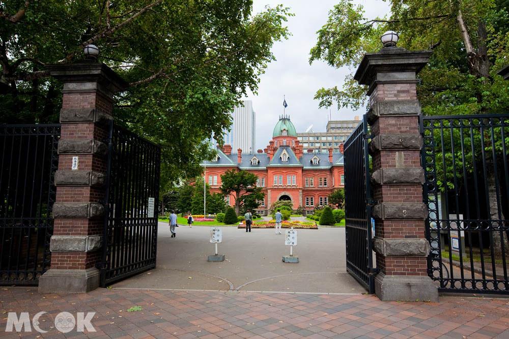 北海道廳舊本廳舍內的正門