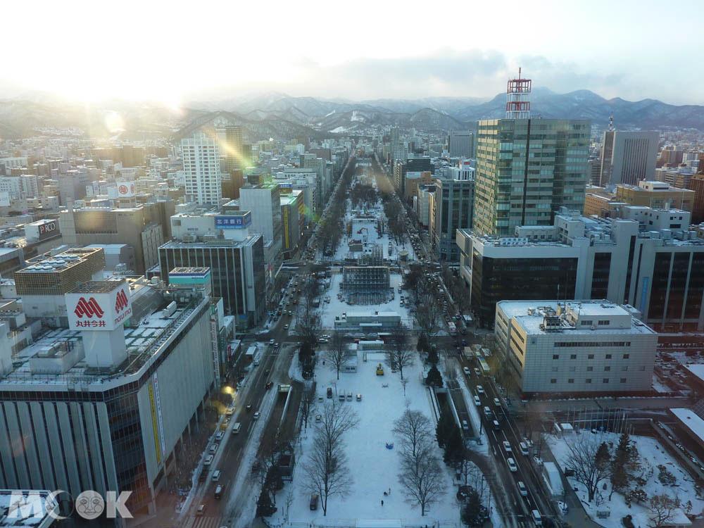 從札幌電視塔觀賞街景