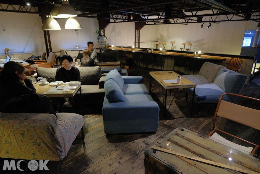森彥咖啡分店Plantation內的座位區