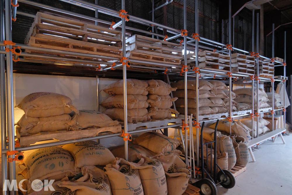 森彥咖啡分店Plantation內的作業區