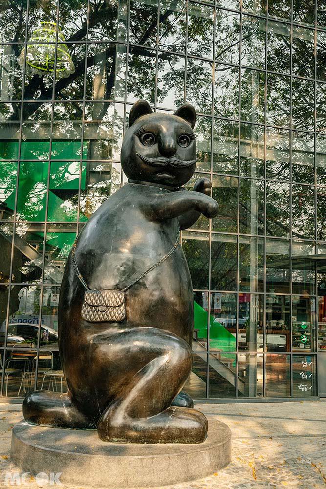 泰國 清邁 尼曼明路 購物 商場 Think Park Dom Cafe黑貓塑像