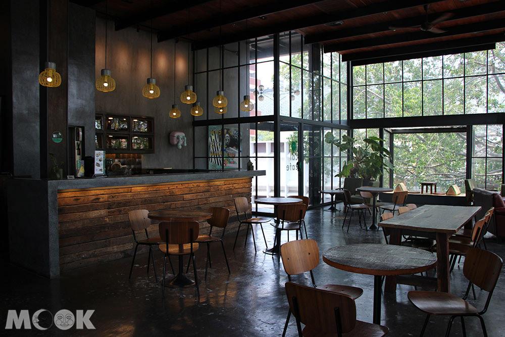泰國 清邁 尼曼明路 購物 商場 Think Park Dom Cafe