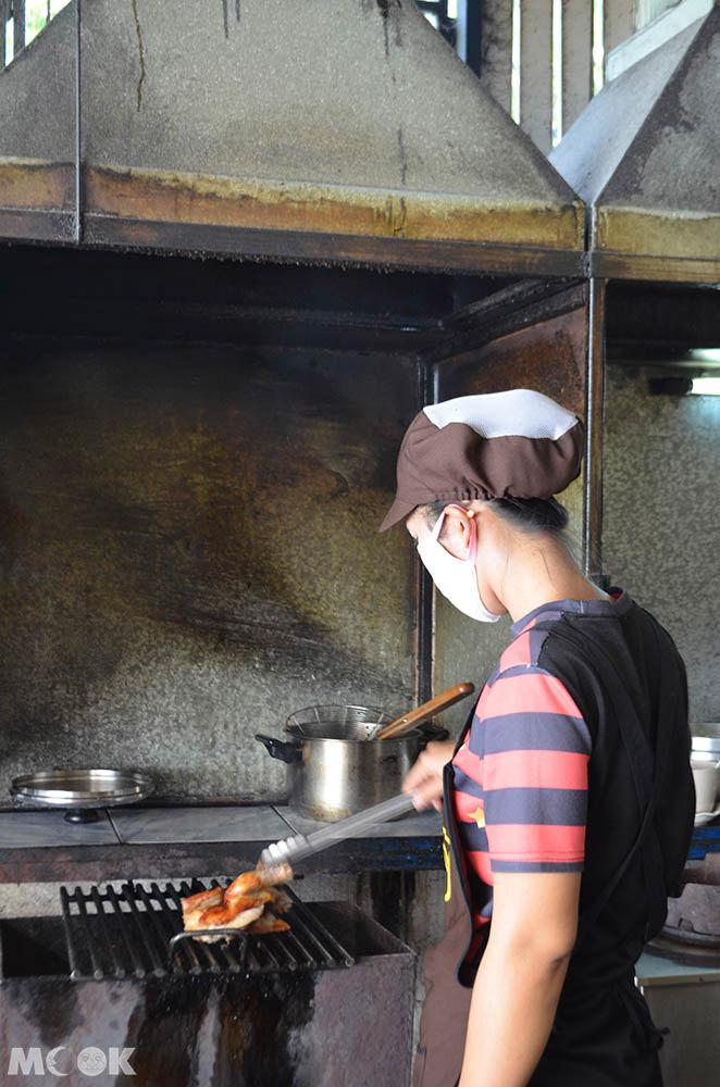 泰國 清邁 舊城 古城 小吃 東北烤雞 SP Chicken