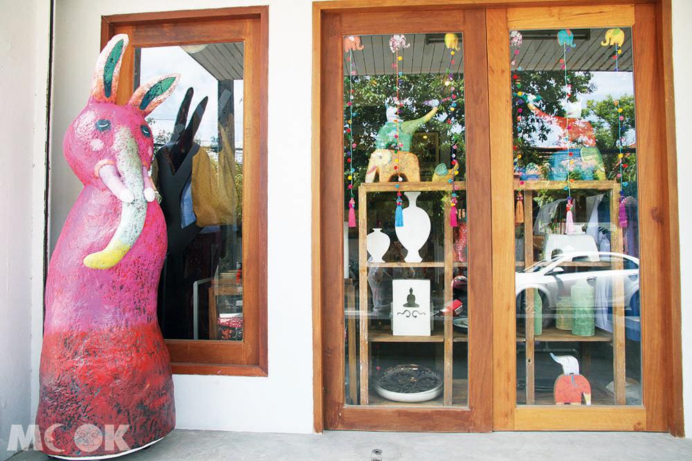 泰國 清邁 古城區 週日步行街 Rachadamnoen Rd. Supachet Studio