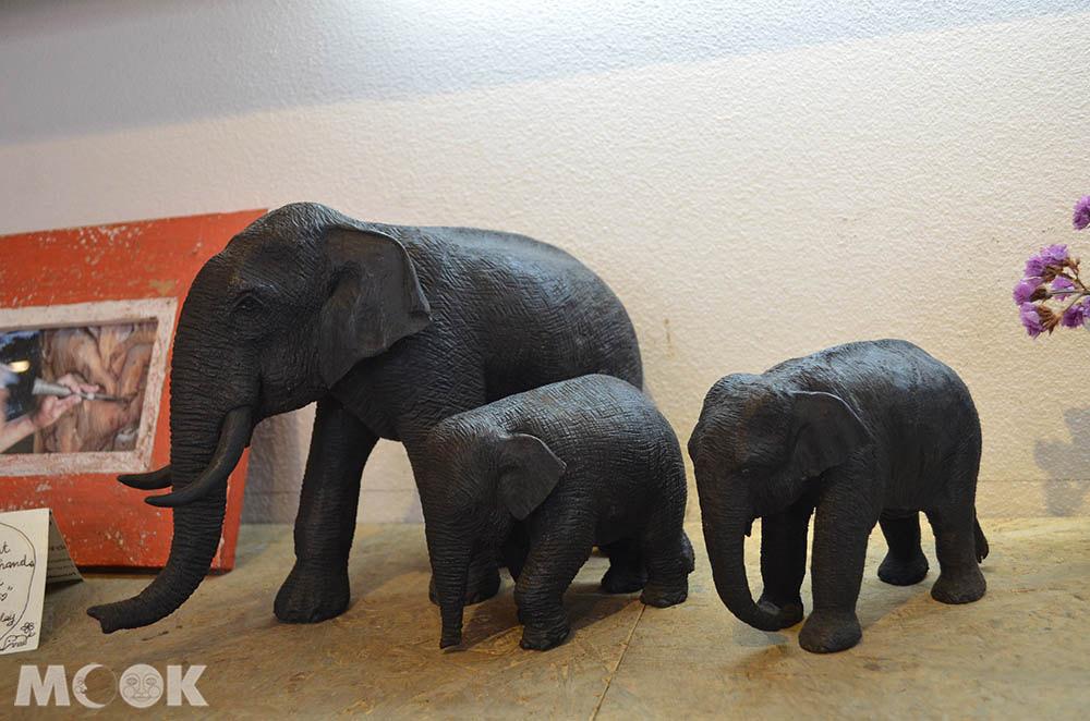 泰國 清邁 古城區 週日步行街 Rachadamnoen Rd. elephants