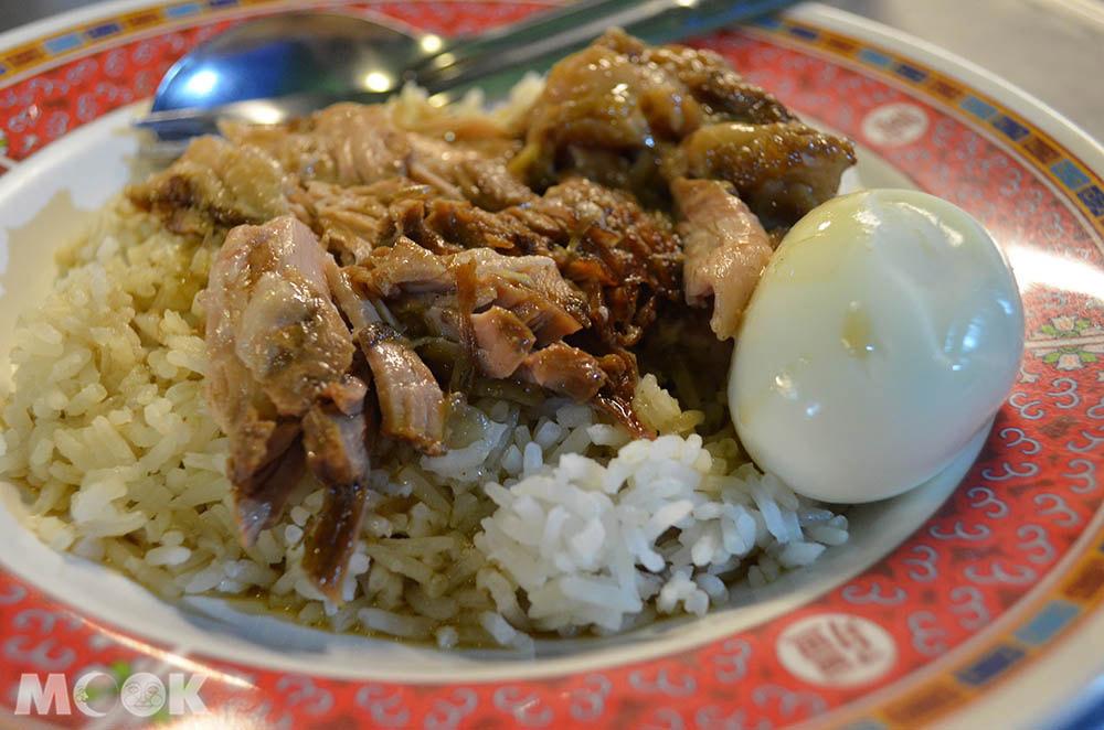 泰國 清邁 市集 夜市 乾帕門夜市 鳳飛飛豬腳飯