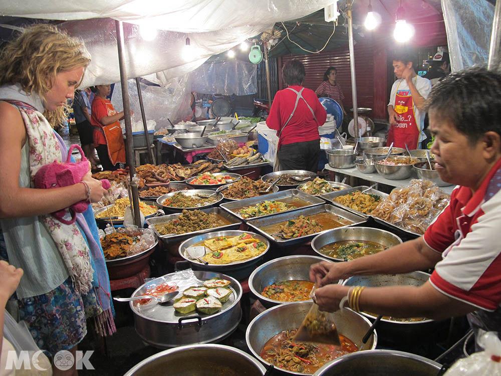 泰國 清邁 市集 夜市 清邁門夜市