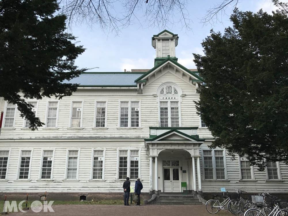 北海道大學內的古河講堂