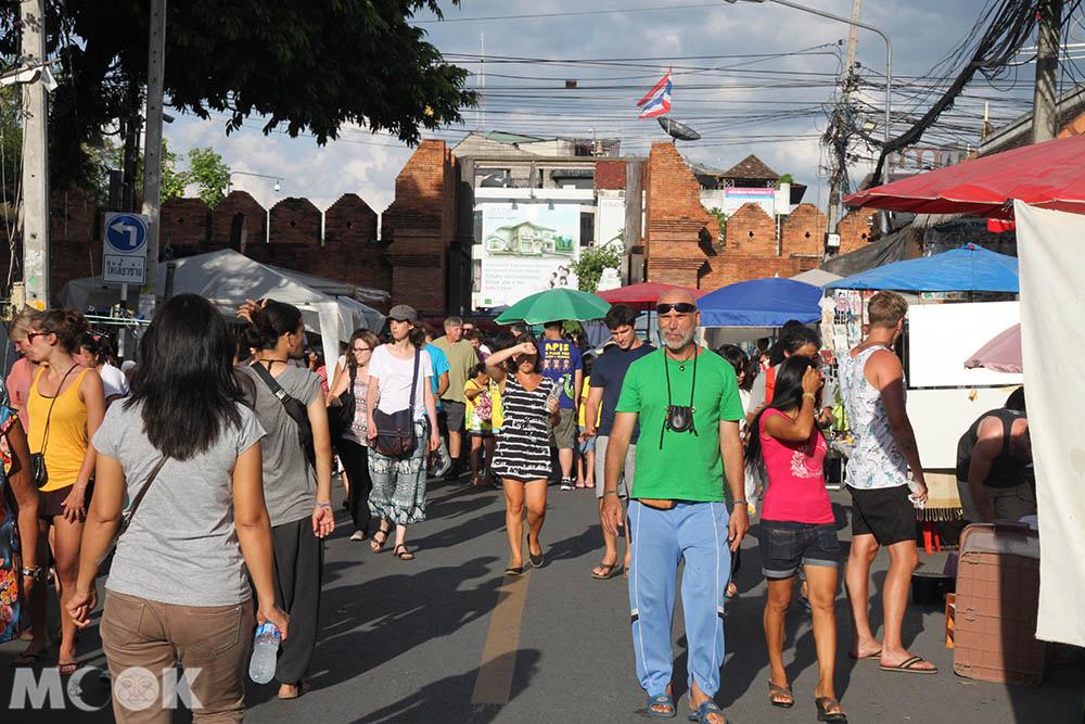 泰國 清邁 夜市 市集 週日步行街