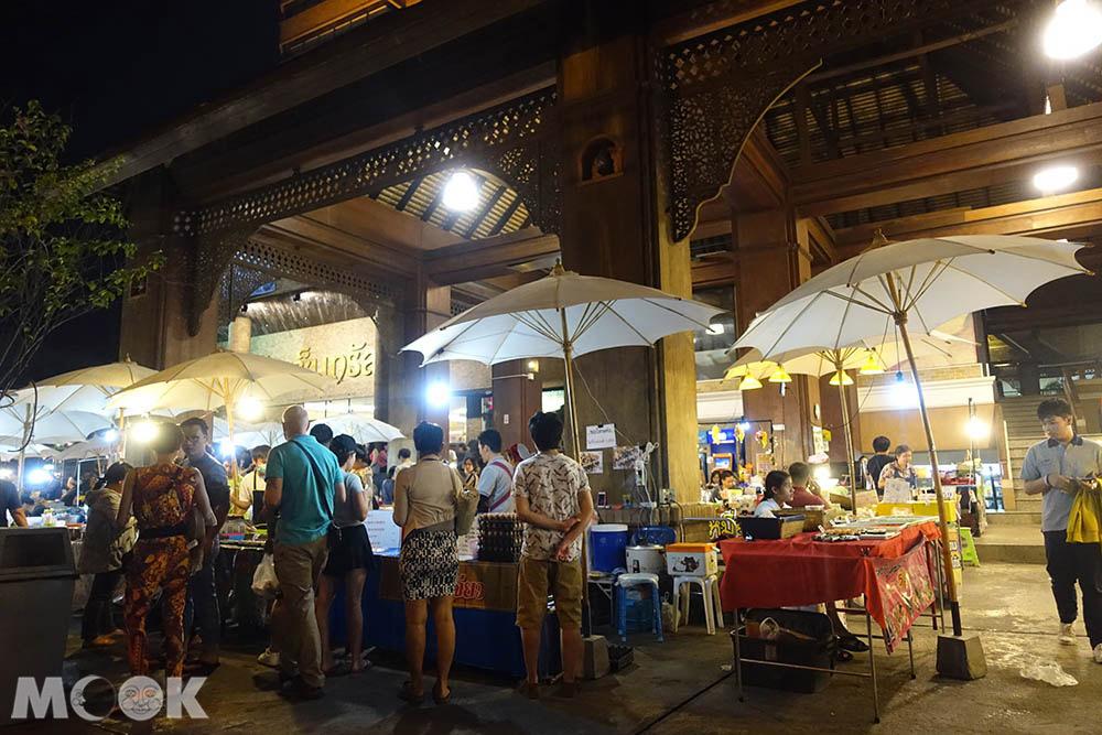 泰國 清邁 夜市 市集 週五跳蚤市場