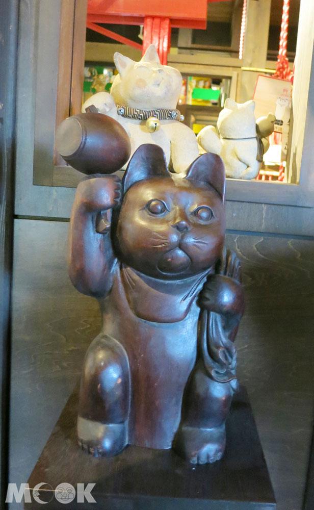 招財貓美術館(招き猫美術館)手拿大福槌的招財貓
