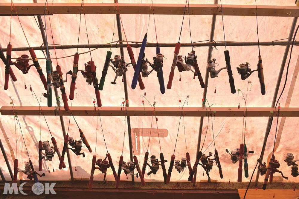 北海道阿寒湖冬日的垂釣活動