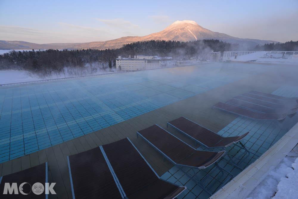 北海道阿寒湖的溫泉與雪景