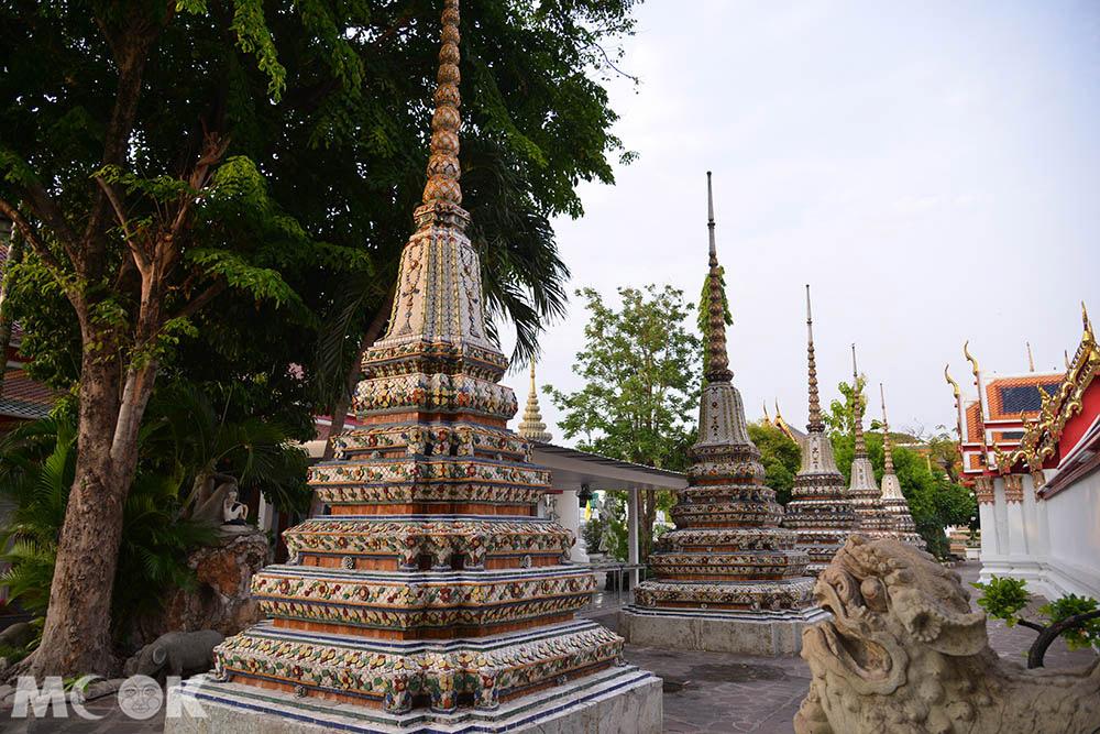 泰國 曼谷 臥佛寺 佛塔