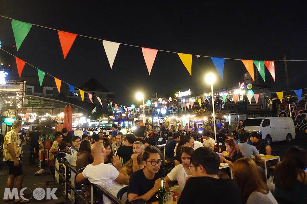 泰國 曼谷 拉差達火車夜市 酒吧區
