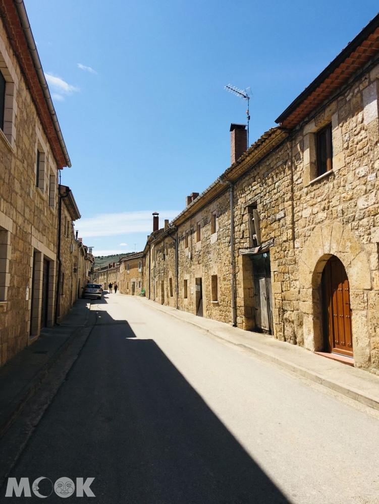 Hornillos del Camino家庭式庇護所
