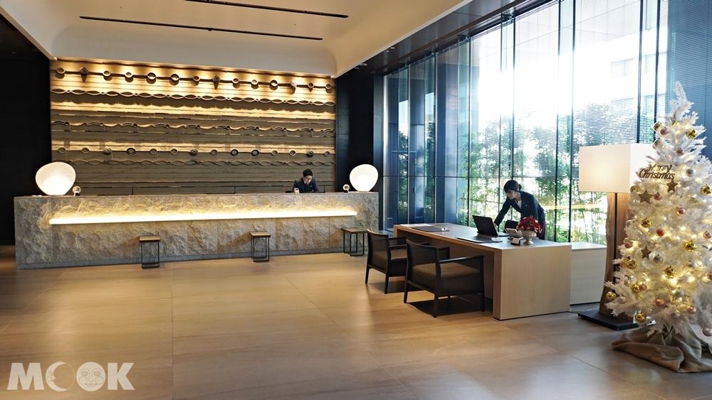 九州博多飯店THE BLOSSOM HAKATA Premier對面的購物中心