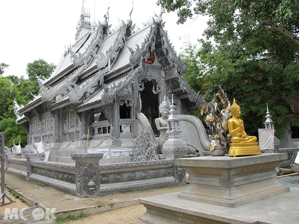 泰國 清邁 古城 寺廟 泰國寺廟 週六步行街 斯力素潘寺 Wat Sri Suphan 女性禁入