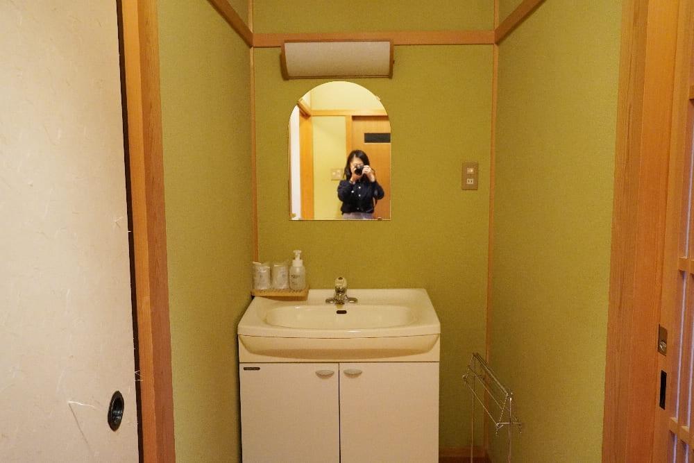 房間洗手台
