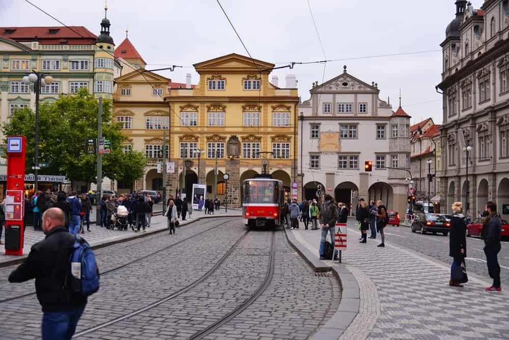 小區廣場 Malostranské náměstí