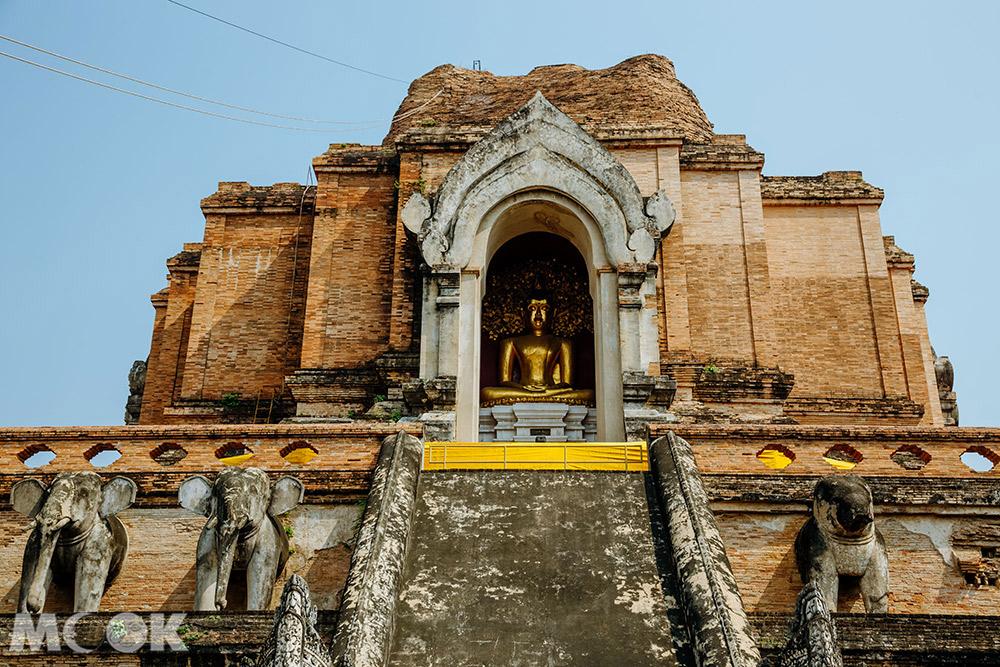 泰國 清邁 古城 寺廟 泰國寺廟 聖隆骨寺 柴迪隆寺 佛塔外觀