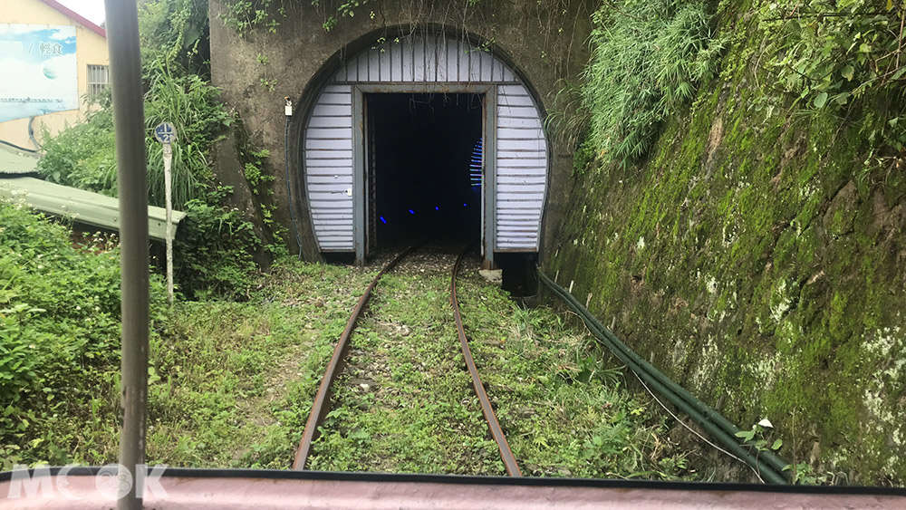 深澳鐵道自行車 光雕海底隧道