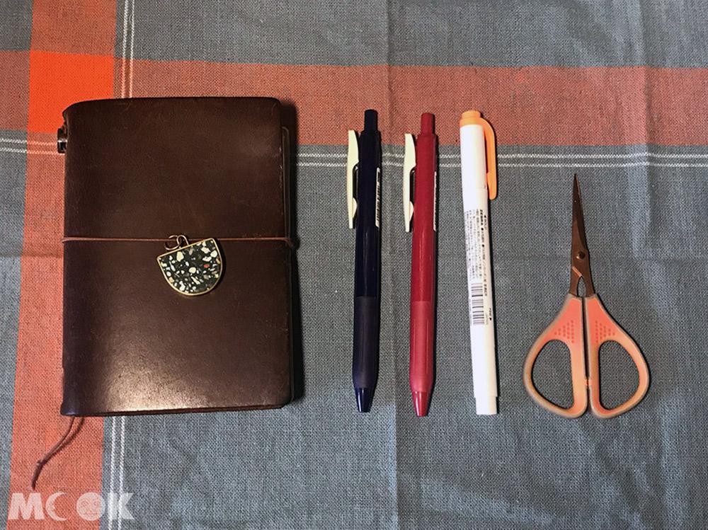 旅行 手帳 筆記本 外出手帳裝備 隨身手帳 TN 筆 螢光筆 小剪刀