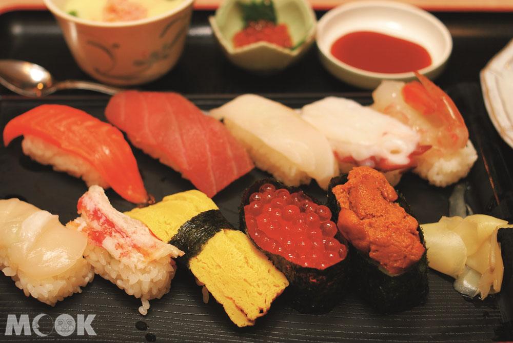 北海道小樽運河食堂的食物