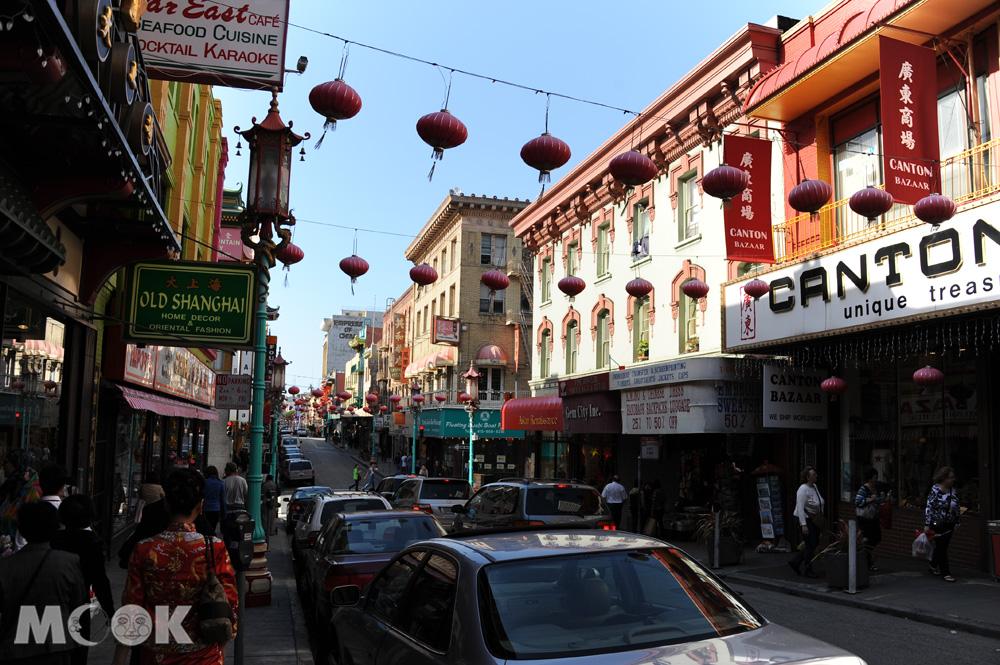 舊金山市中心的唐人街街景