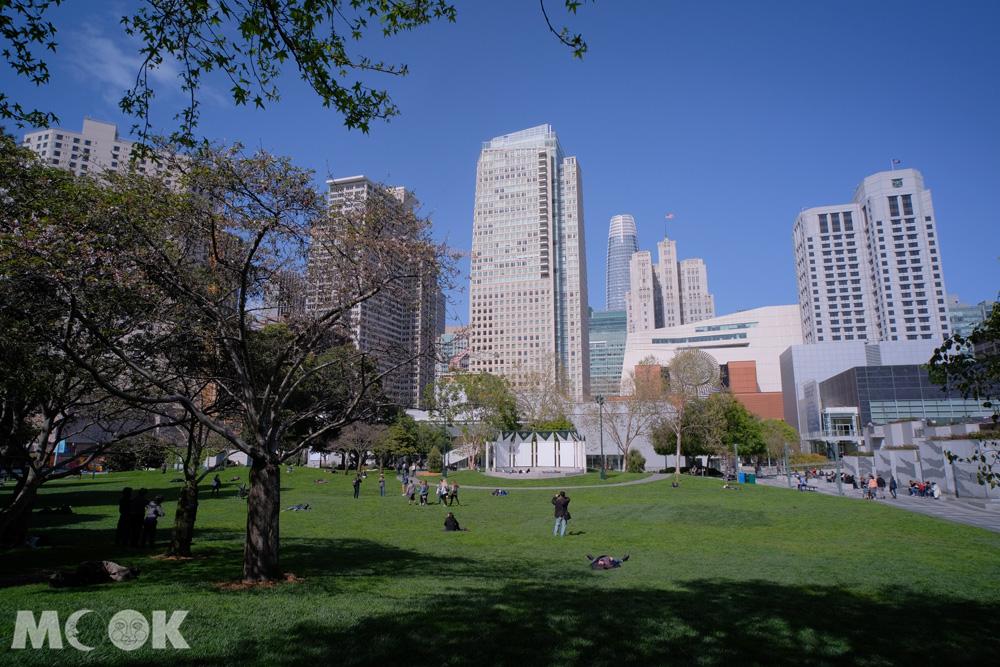 舊金山市場大街南的芳草地花園