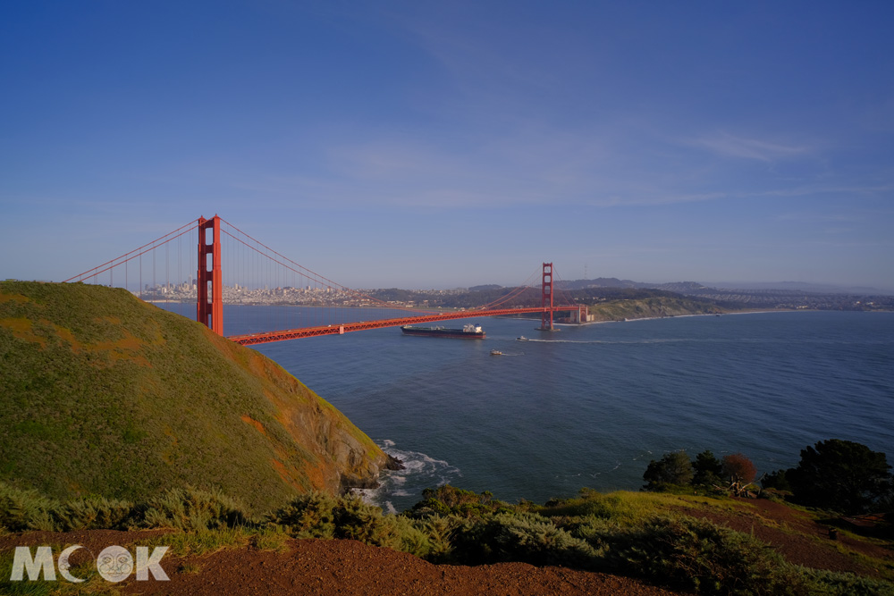 從馬林岬角俯瞰舊金山金門大橋