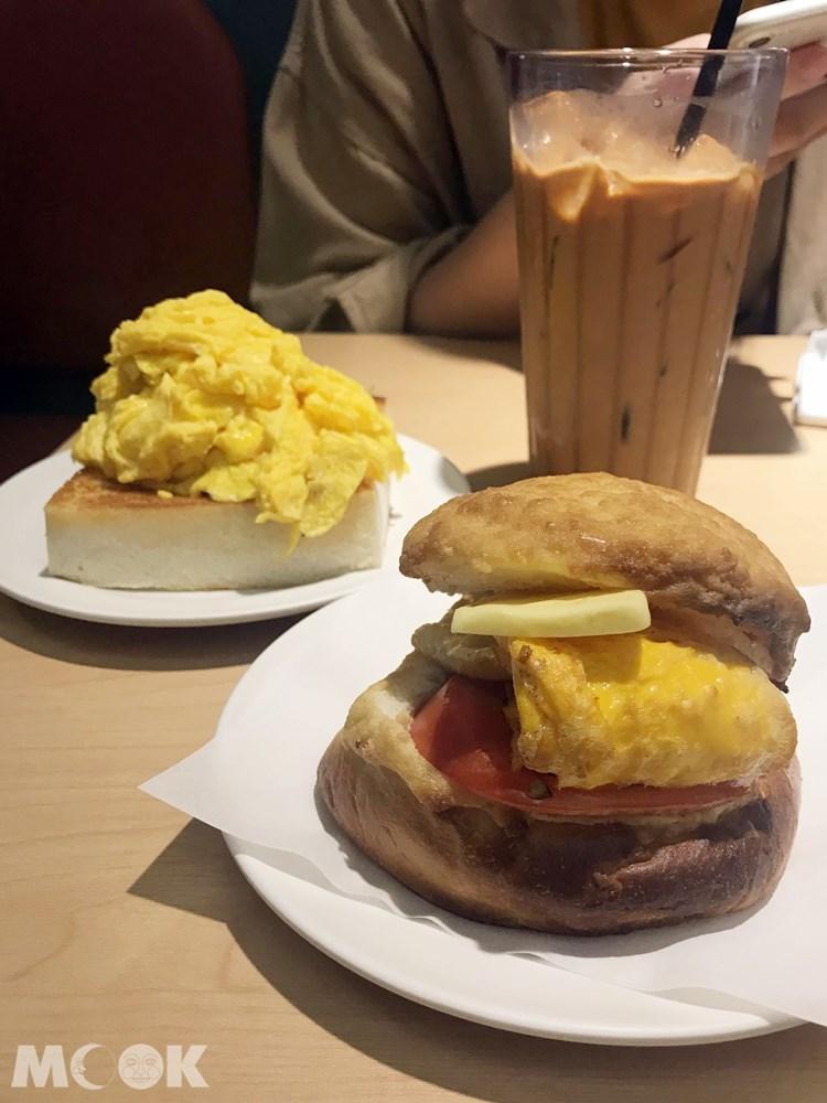 台灣 台北 華嫂冰室 招牌菠蘿包 凍奶茶 炒蛋多士