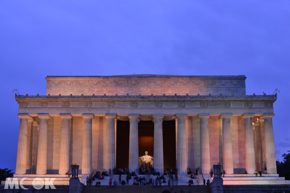 華盛頓特區裡的林肯紀念堂