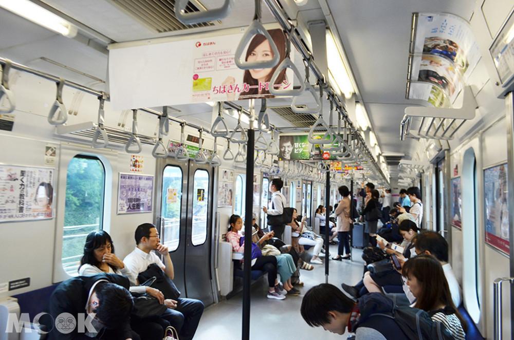 日本在電車讓坐的情況也需特別注意