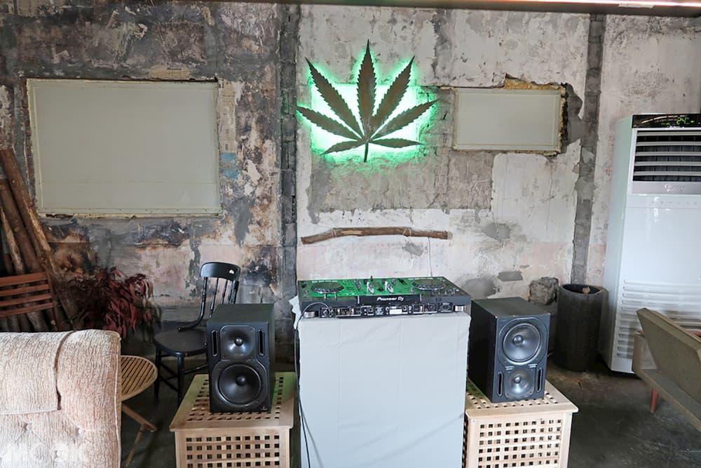 聖水洞REDO ELEPHANT二樓DJ台