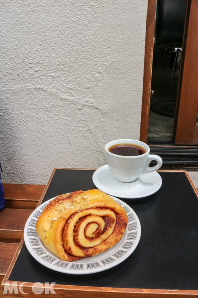 咖啡品項以義式為主、手沖為輔