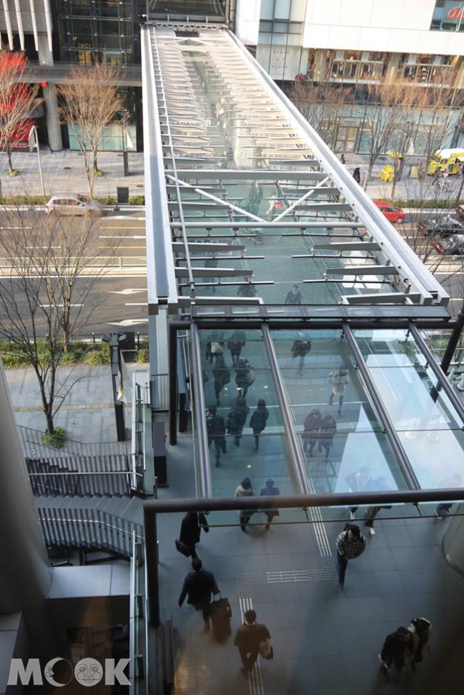 南北館2樓通道