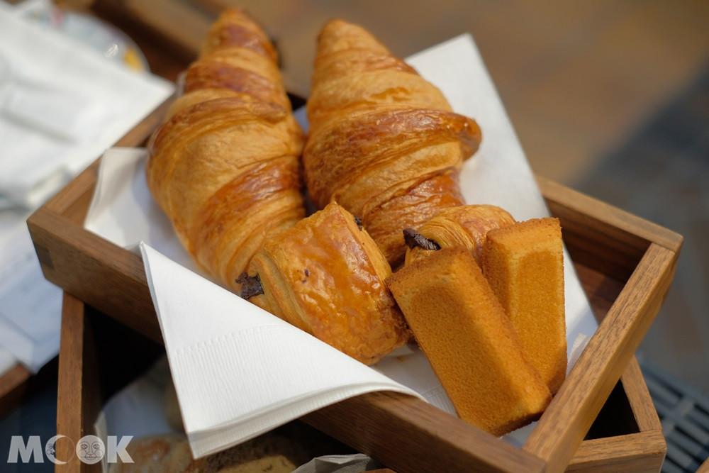神戶北野飯店 – 世界第一早餐 – 一整籃的麵包