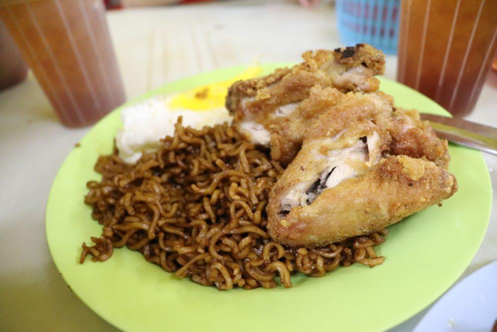 印度炒麵+炸雞
