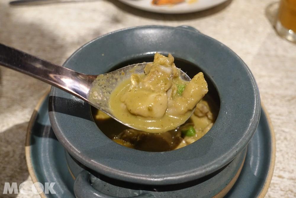 台灣 台北 泰國菜 Woo Taiwan 浮誇 網美 綠咖哩雞