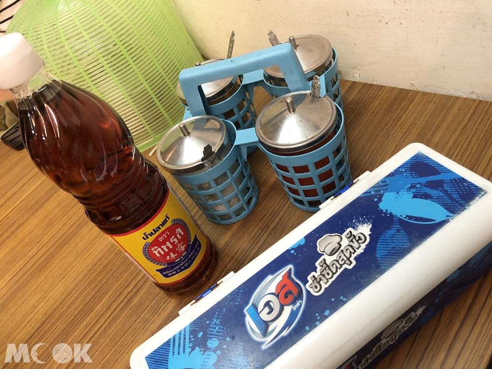 哈哈羅55泰式船麵-調味料