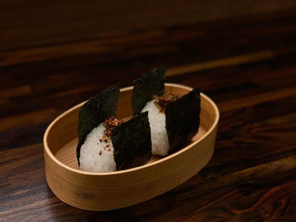 喫茶店香的日式飯糰
