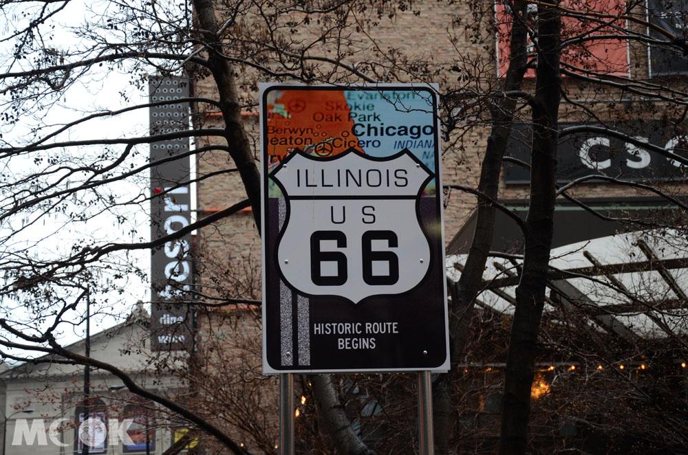 芝加哥的66號公路路標