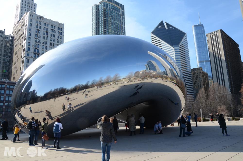 芝加哥千禧公園內的雲門