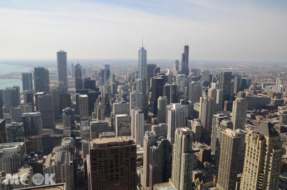 從360 Chicago俯瞰芝加哥市景