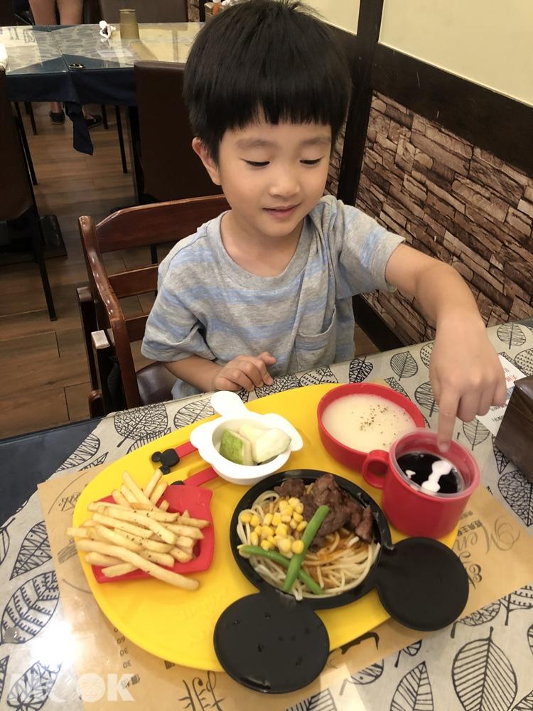 宜蘭樂樂牛排 兒童餐